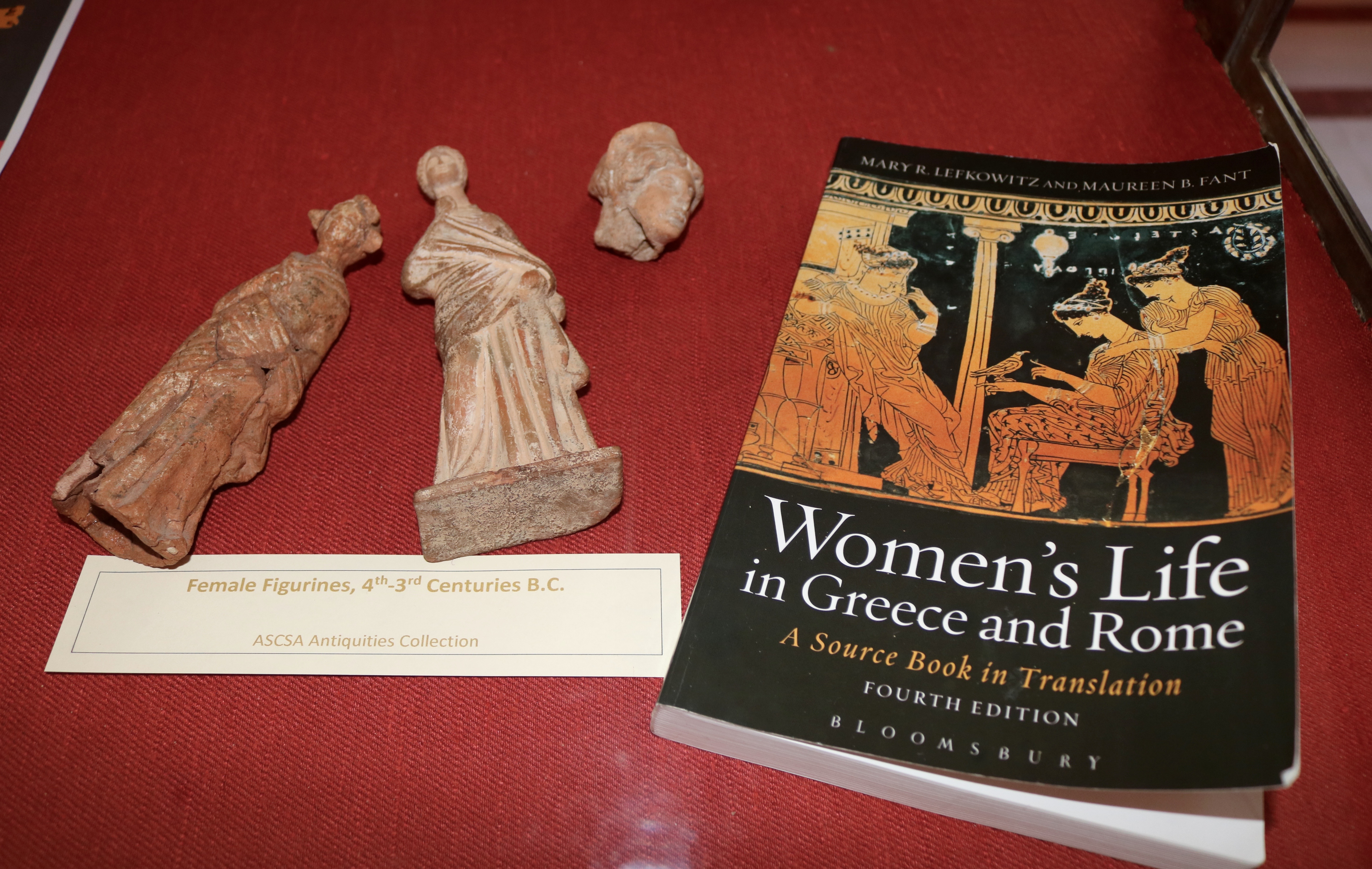 mary lefkowitz on the trojan horse and women in ancient greek