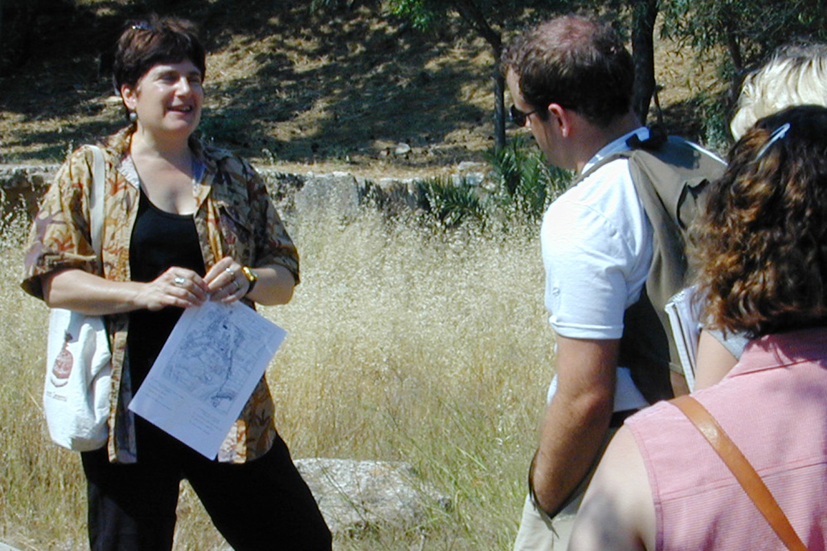 Barbara Tsakirgis Teaching American School Students in Greece