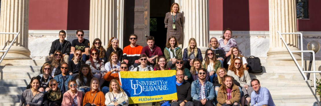 Delaware University students visit the Gennadius Library